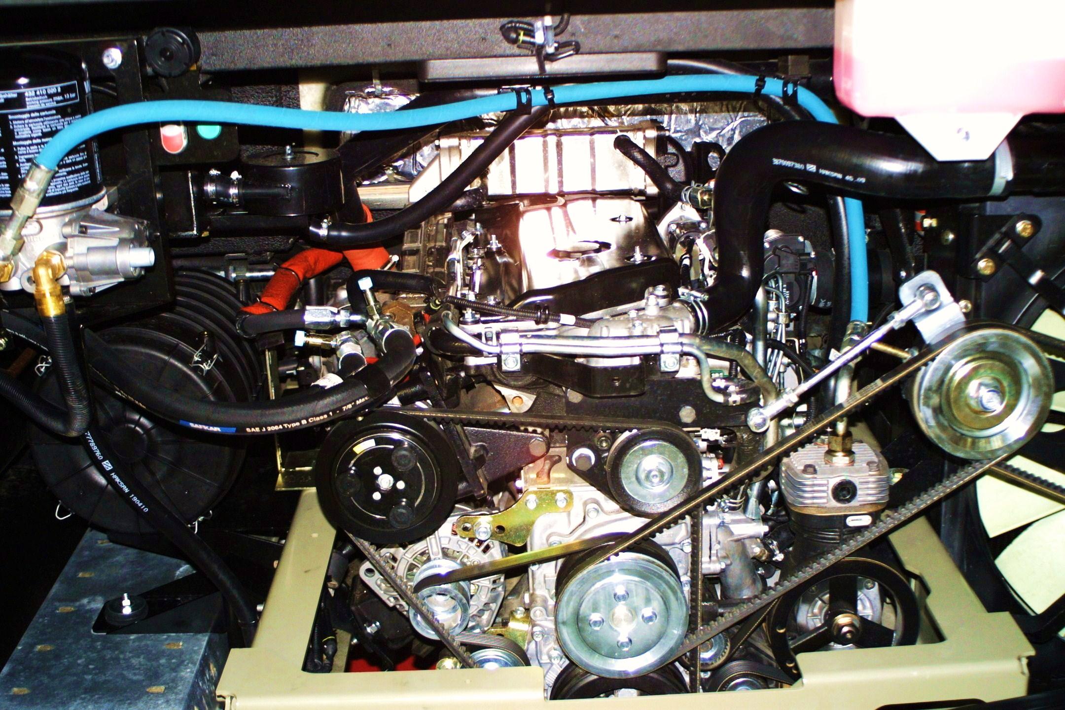 "Nové ""zelené"" motory Euro 5  EVV v autobusech ISUZU"