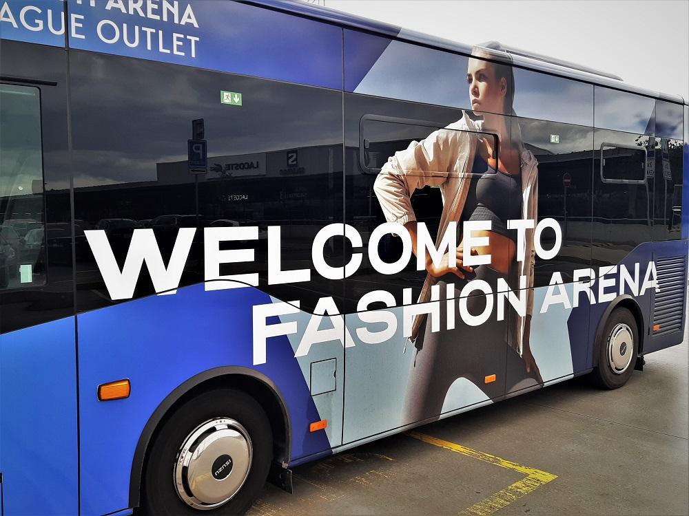 ISUZU NovoCiti Life ve Fashion Arena Prague Outlet (foto: Zdeněk Nesveda)