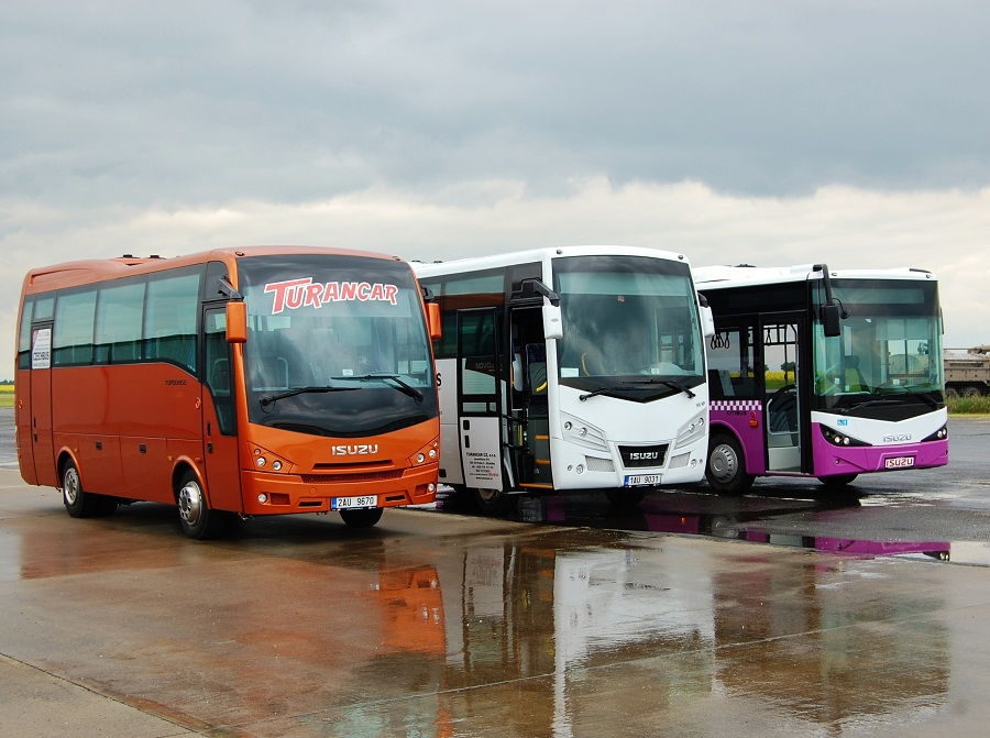 Autobusy ISUZU 9 let s námi